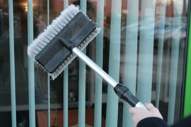 Laser Tools 3874 Wash Brush - Extending