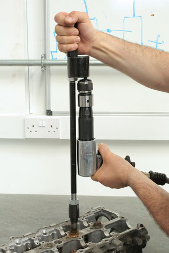 Insitu5 image of Laser Tools | 6263 | Diesel Injector Extractor with Air Hammer & Adaptors