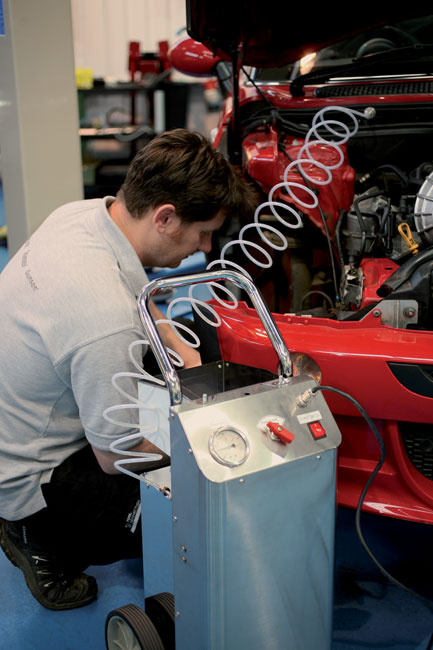 Laser Tools 7515 High Pressure Brake Bleeder 12V