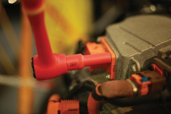 """7950 Deep Insulated Socket 1/2""""D 11mm"""