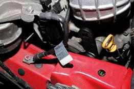 Serpentine Belt Tool Kit - BMW Mini in use