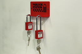 8150 Padlock Station Kit - Option 1